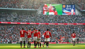 Manchester United 2 Tottenham 1 : we're going to Wembley (again)
