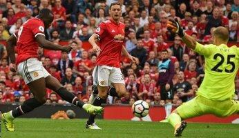 Report : United 4 West Ham 0