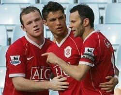 Report : Watford 1 United 4