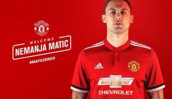 Nemanja Matic signe à United