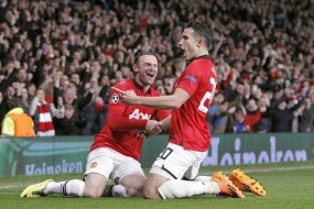 Report : United 3 Olympiacos 0
