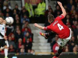 Report : United 4 Norwich 0