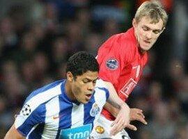 Report : United 2-2 Porto