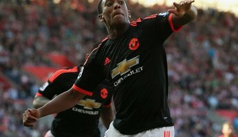 Report : Southampton 2 United 3