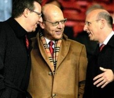 Les Glazers prennent, les supporters craignent