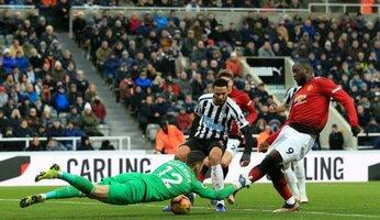 Newcastle 0 Man Utd 2 : MU évite le piège magpie