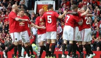 Manchester United fête en beauté les 20 ans de sa seconde C1