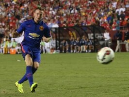 Cleverley attend le Real