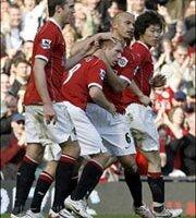 Report : United 4 Blackburn 1