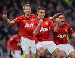 Report : United 3 Aston Villa 0