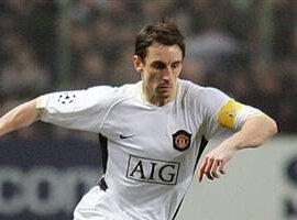 Neville de retour face à Liverpool