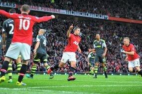 Report : United 3 Stoke 2