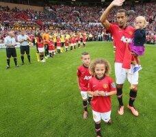 Ferdinand remercie les fans