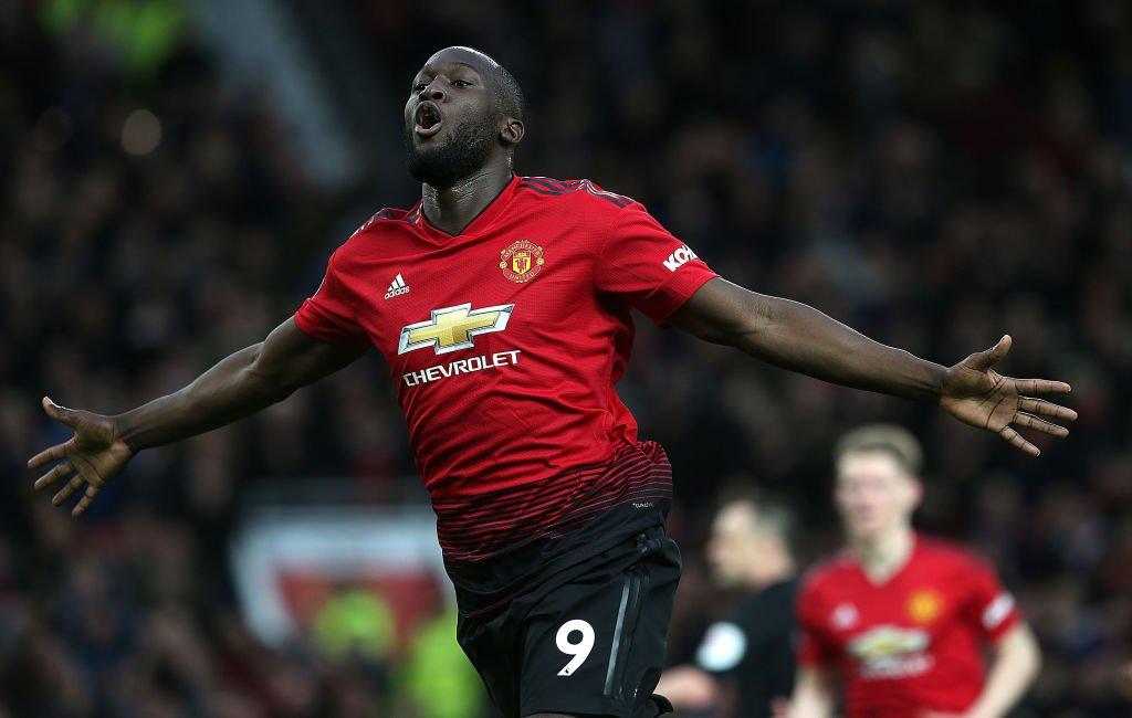 b51213eb Manchester United a été mis en difficulté par de vaillants Saints, et  s'impose en fin de rencontre grâce notamment à un nouveau doublé de Romelu  Lukaku ...